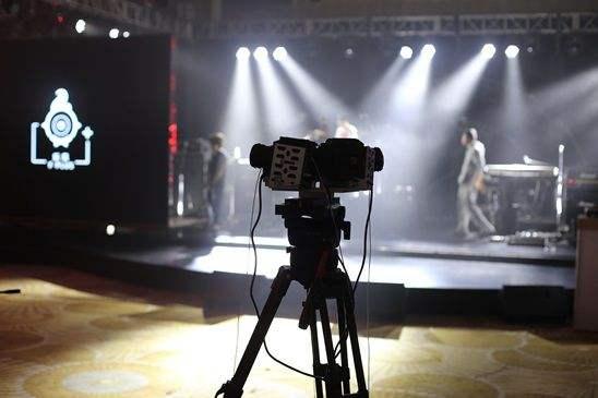 视频拍摄.jpg